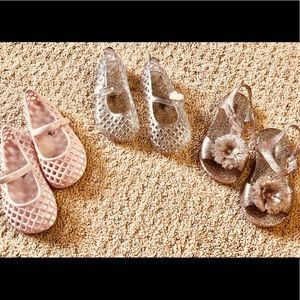 3 Pairs of Old Navy Jelly Sandals - SIZE 8 TODDLER